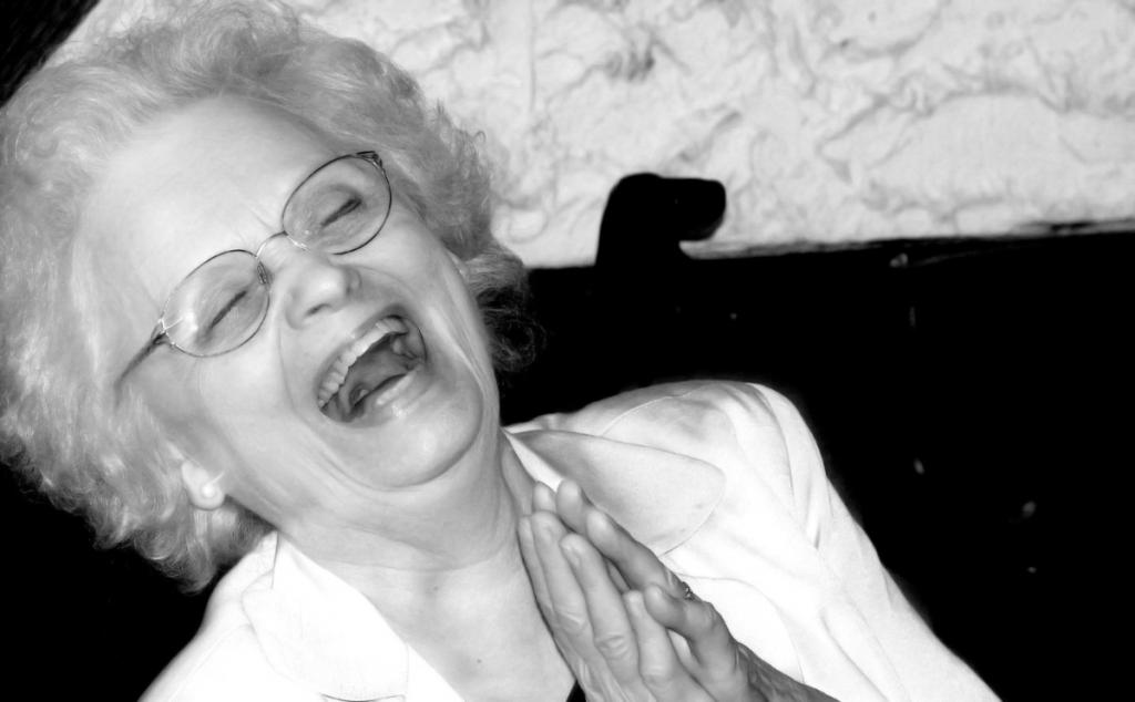 Ataques de risa en lugares inapropiados; tristes consecuencias