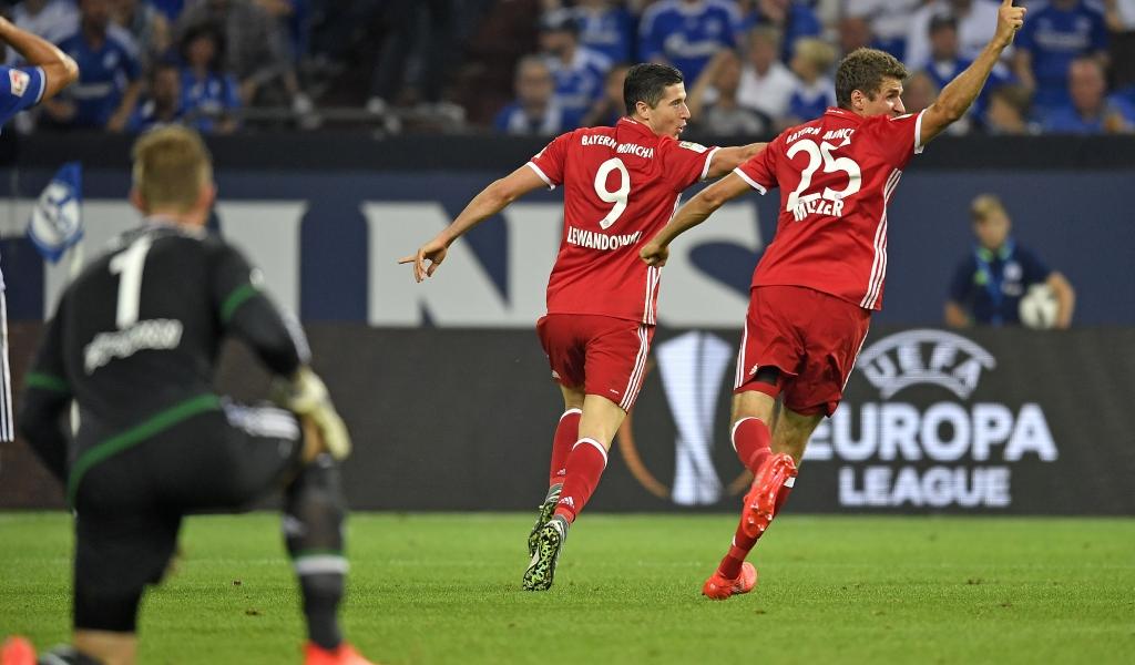 El Bayern vence en la difícil salida ante el Schalke
