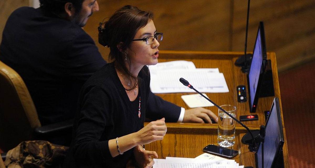 In nomine Dei: la competencia de los parlamentarios chilenos con Dios