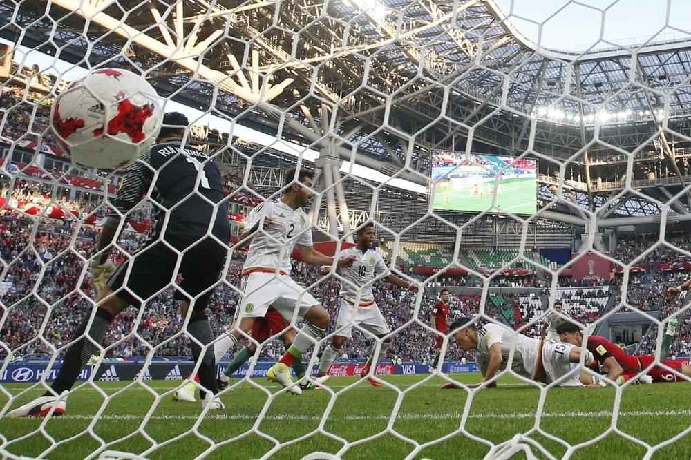 Moreno festeja con gol su Día del Padre