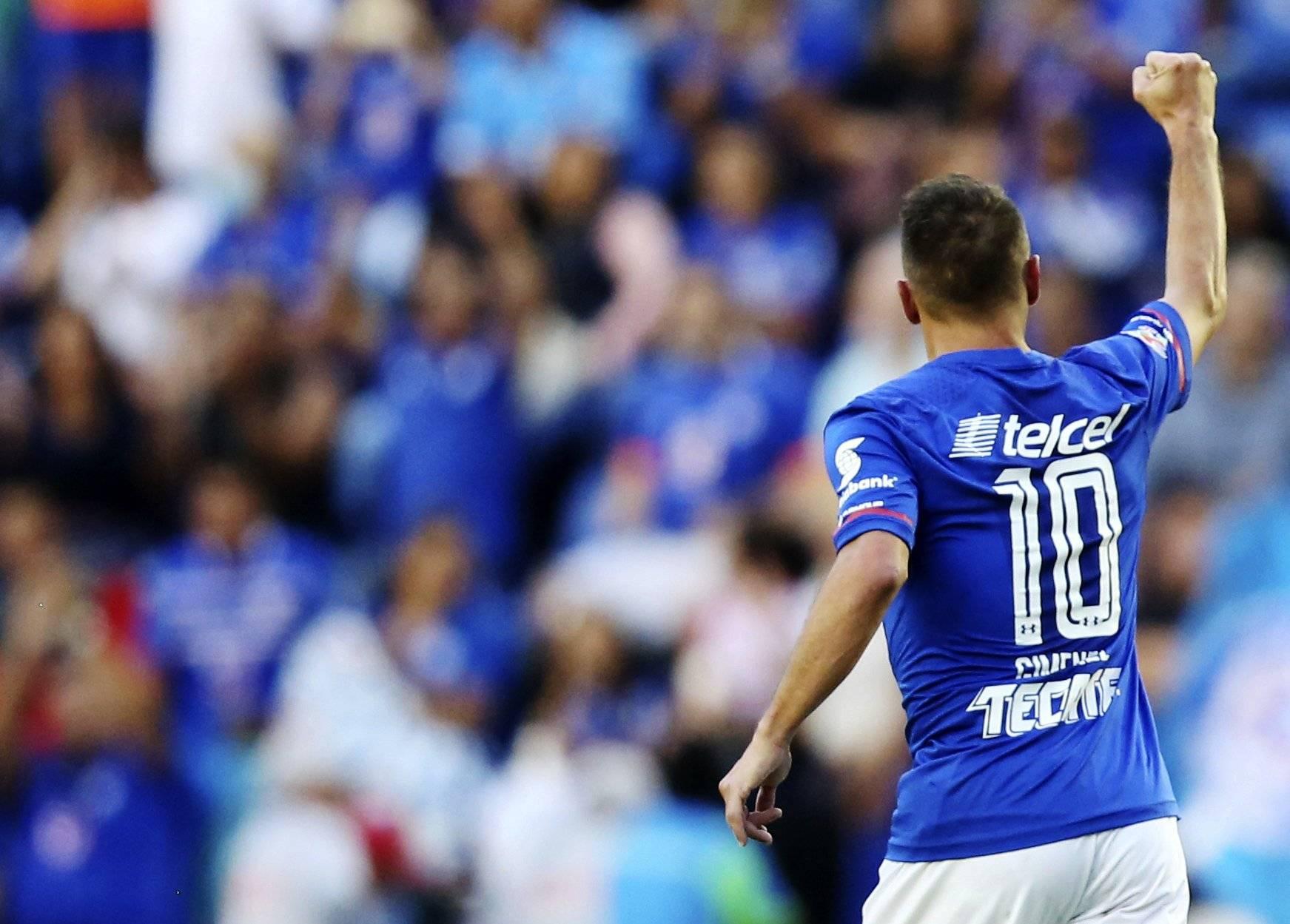 Regresa el fútbol a capital mexicana con Cruz Azul-América