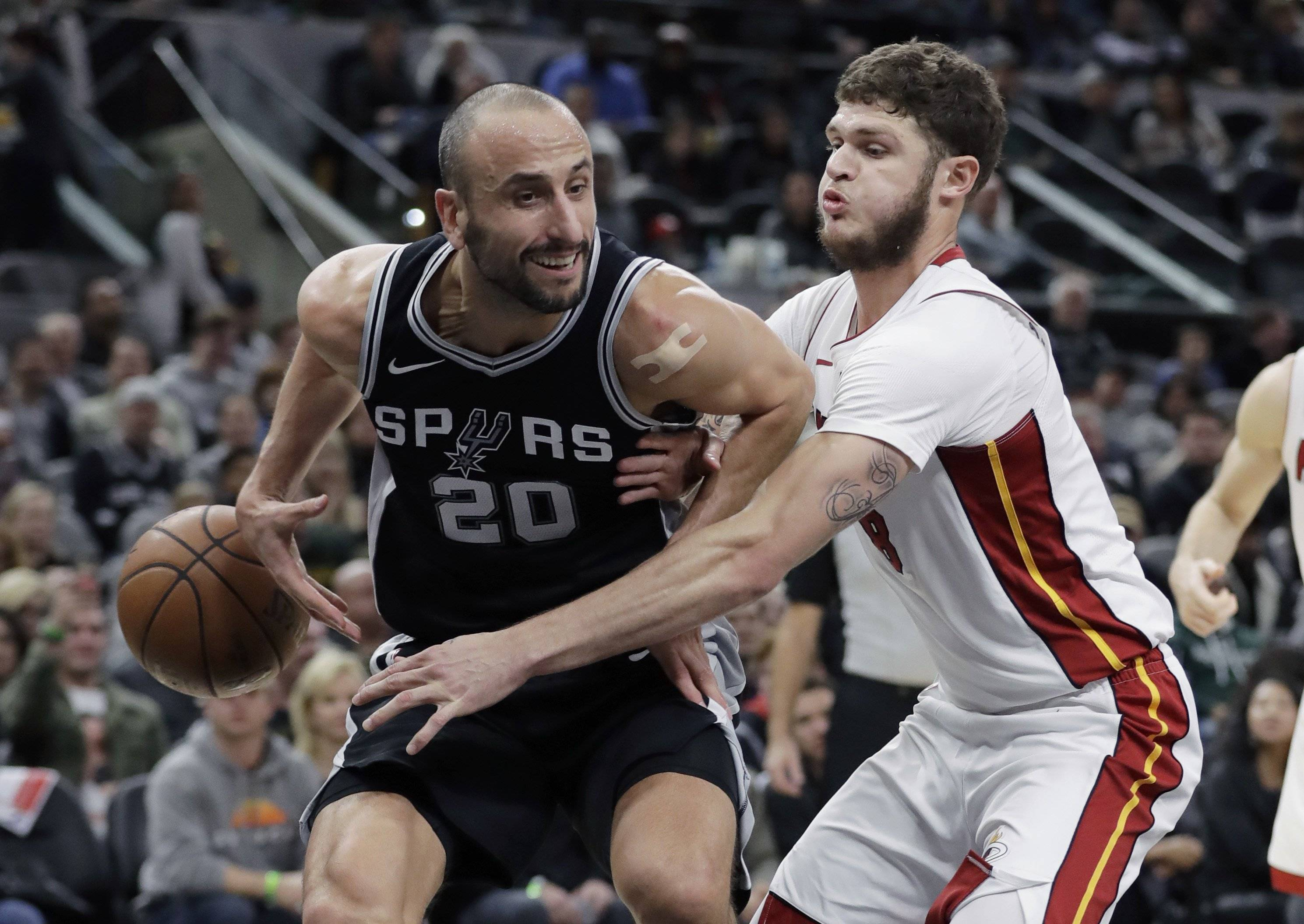 Aldridge lidera balanceado ataque de Spurs ante Heat