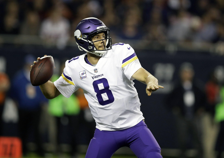 Vikings indecisos sobre activar a Sam Bradford