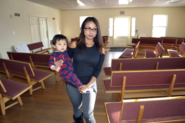 Colorado: Arrestan a esposo de peruana refugiada en iglesia