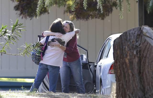 Un hombre mata a 4 personas en varios tiroteos en California