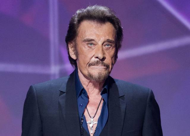 Johnny Hallyday, el Elvis francés, fallece a los 74 años