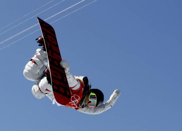 Kim logra 1er oro olímpico en snowboard; esquí alpino inicia