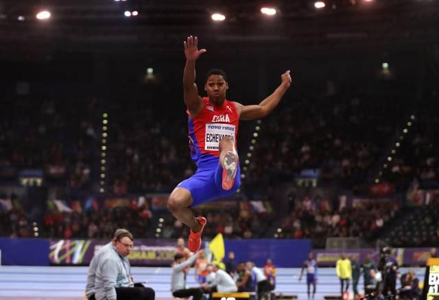 Cubano, ganador de campo más joven del mundial bajo techo