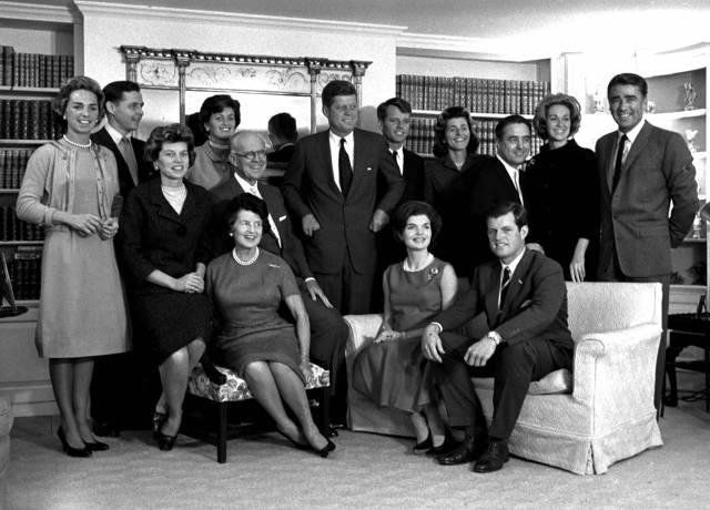 CNN da una mirada histórica a los Kennedy con nueva serie