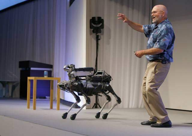 Robots sensación en YouTube se alistan para salir al mercado