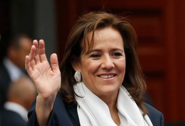 Ex primera dama retira su candidatura presidencial en México