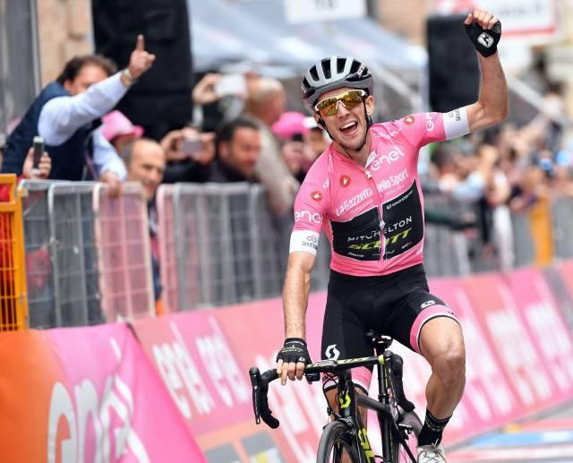 Giro: el líder Yates vuelve a ganar en Osimo y se despega