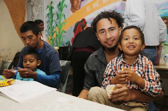 EEUU: Padres migrantes felices pero traumados por separación