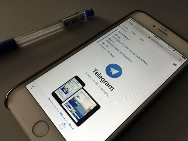 Rusia endurece control a las aplicaciones de mensajería