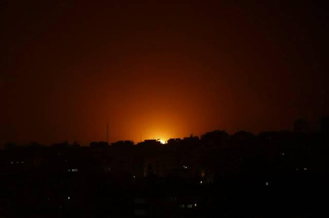Israel bombardea blancos extremistas en la Franja de Gaza