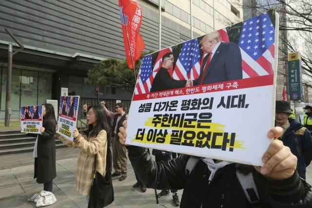 Kim sopesaría conversaciones con EEUU y moratoria nuclear