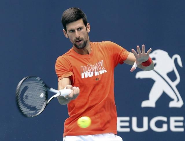 Djokovic y Nadal inician la fase de arcilla en Montecarlo