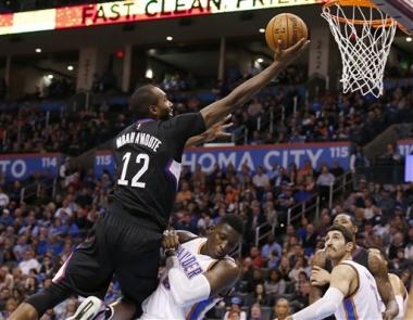 Westbrook y el Thunder arrollan a los Clippers 114-88