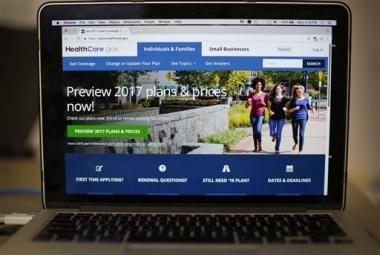 Encuesta AP-Centro NORC: EEUU teme futuro de seguro médico