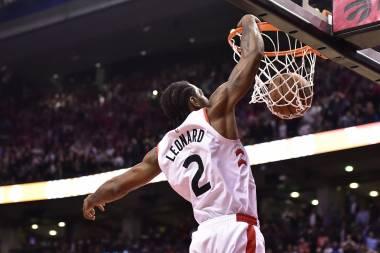 Leonard anota 25 puntos en victoria de Raptors ante Spurs