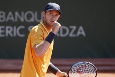 Chileno Jarry irá por su primer título en Ginebra